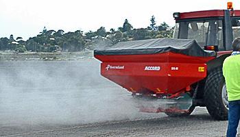 Sproszkowany Green Floc to kontrola pylenia frakcji piasków, pyłu i iłu w powietrzu.
